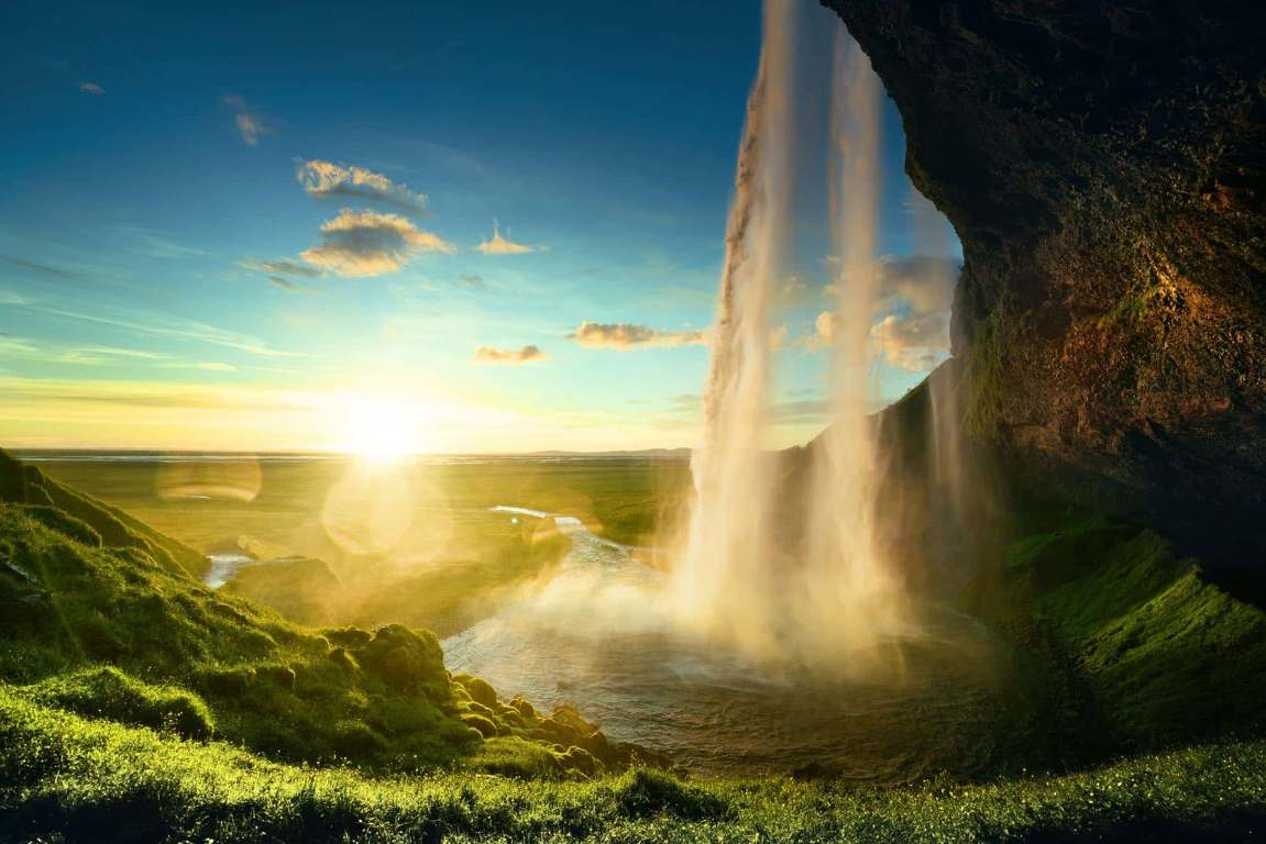 Sun shinning through Seljalandsfoss